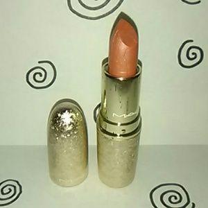 Mac Snowball Lipstick Holiday Crush Edition A56